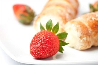 cream filled puff pastry