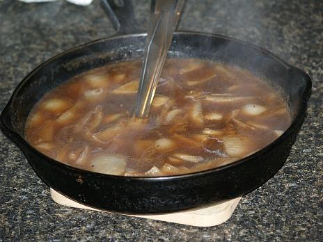 bangers and mash gravy