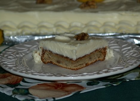 Best Banana Cake Recipe for a Crowd