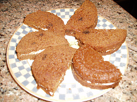 Brown Bread Filled with Cream Cheese Spread