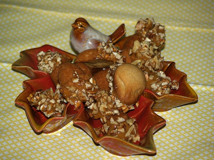 Caramel Nut Acorn Cookies