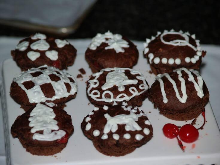 Cherry Chocolate Buns