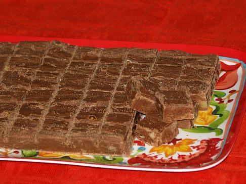 Chocolate Peanut Butter Fudge Cut