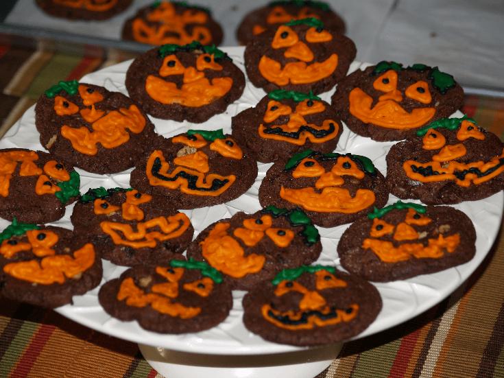 Chocolate Raisin Cookie Face Recipe