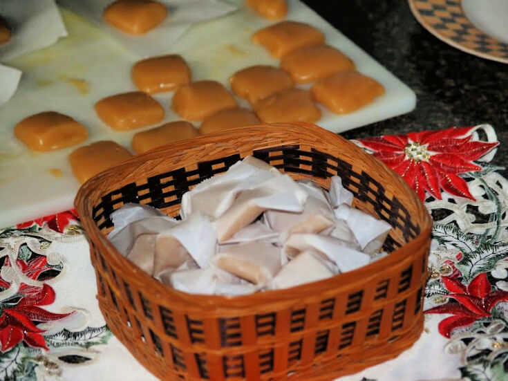 Homemade Caramels Christmas Candy Recipes