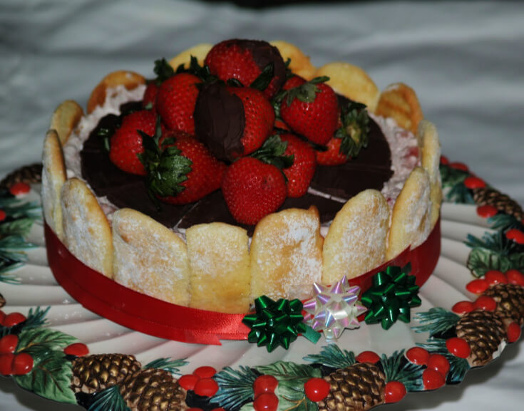 Chocolate Topped Russe De Strawberry