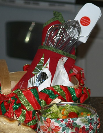 hot mitt with kitchen utensils for a gift