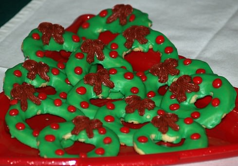 Christmas Spritz Wreath Cookie Recipe