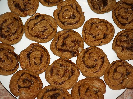 How to Make Date Pinwheel Cookies