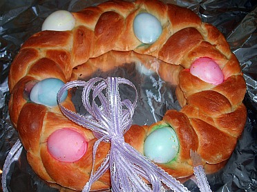How to Make an Easter Bread Recipe
