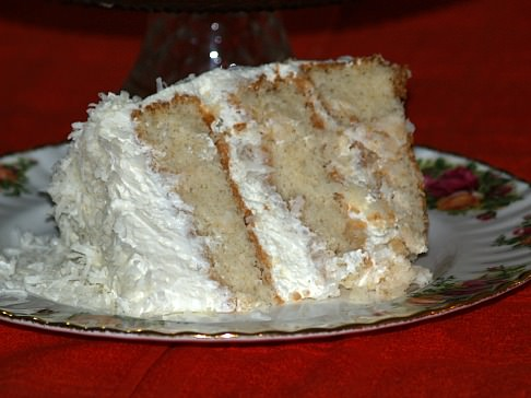 How to Make a Fresh Coconut Cake Recipe