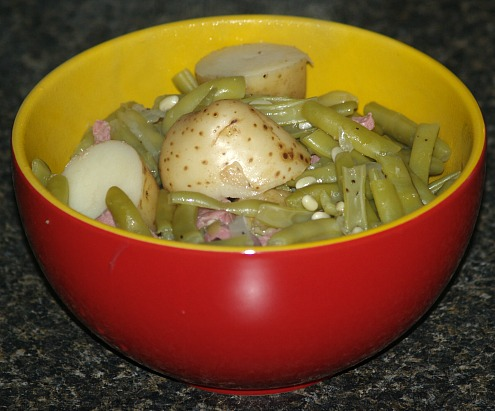 fresh green beans with potatoes