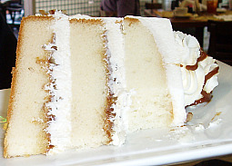 White Cake with Rum Filling