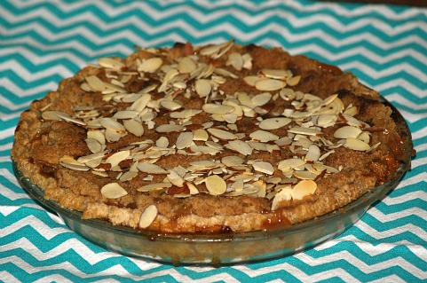 How to Make Apple Pie with Streusel Topping