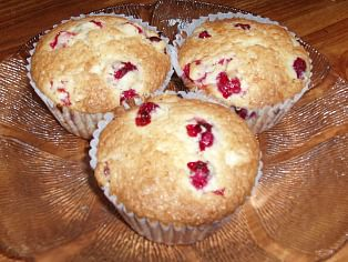 How to Make Cranberry Orange Muffins