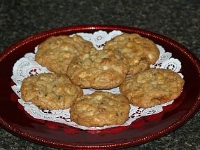 How to Make Macadamia Nut Cookies