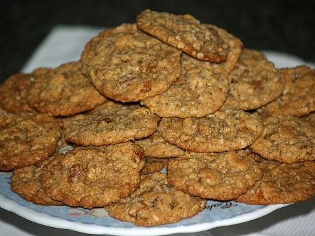 How to Make Oatmeal Cookies