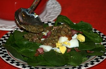 How to Make Bacon Salad Dressing