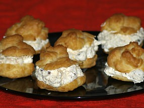 How to Make Italian Cream Puffs