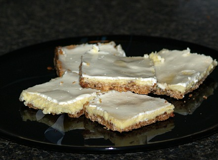 Lemon Cheesecake Bar Recipe