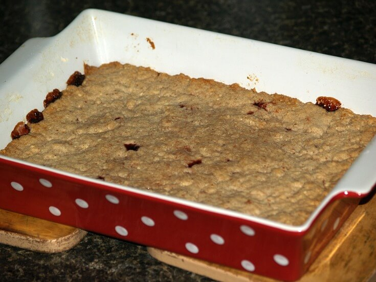 Linzer Bars Recipe in Baking Pan