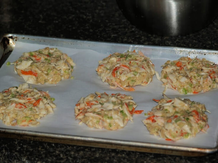 Prepping Maryland Crab Cakes