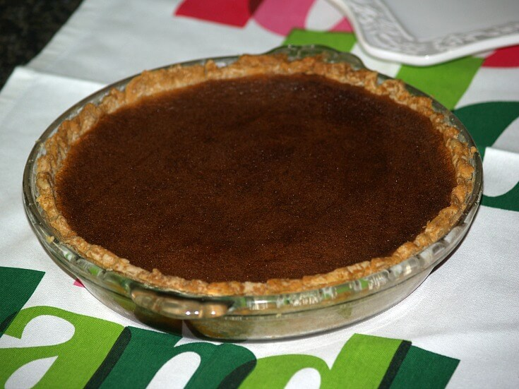 Old Fashioned Molasses Custard Pie