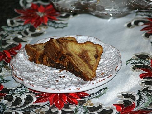 piece of potica cake