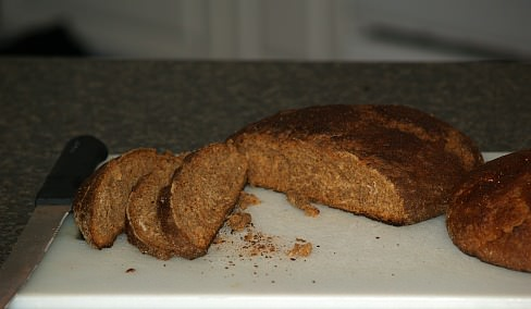 How to Make Rye Bread Recipes like this Pumpernickel Bread Recipe