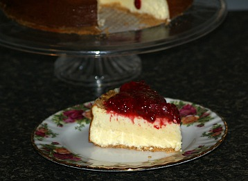 how to make cheesecake with a raspberry lemon sauce