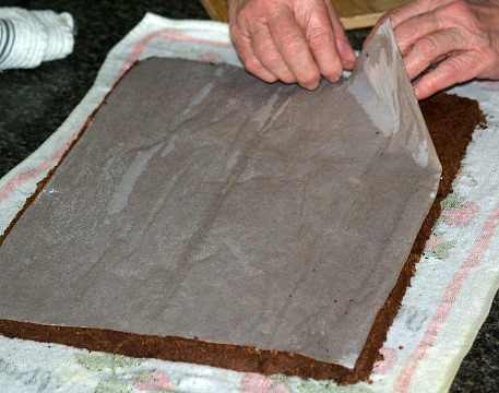 Turn Out on Towel and Remove Wax Paper