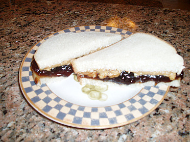 How to Make Sandwiches like Peanut Butter and Jelly