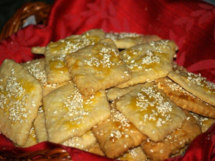 How to Make Savory Crackers