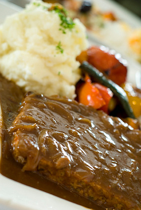 SAUERBRATEN STEAK