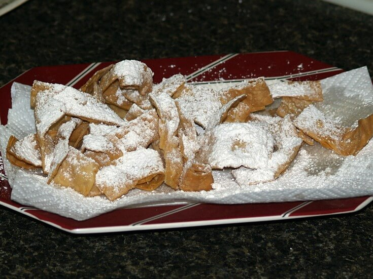 Simple Deep Fried Tortilla Pieces Sprinkled with Powdered Sugar