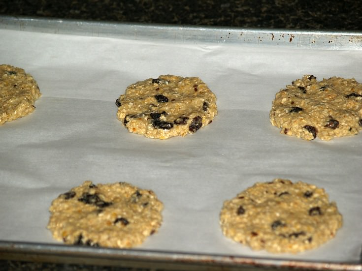 Unbaked Giant Raisin Oat Cookies