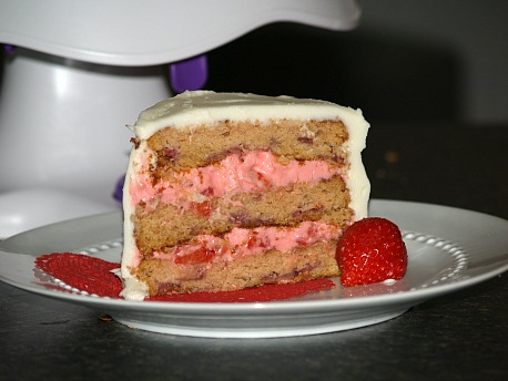 Strawberry Cake with a Strawberry Cream Filling