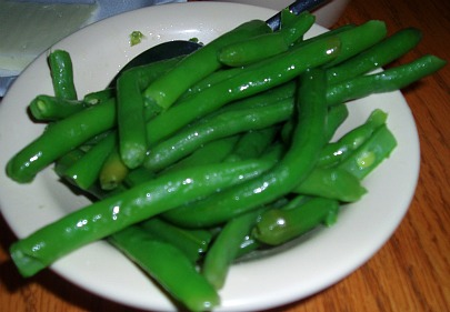 cooked green bean with butter