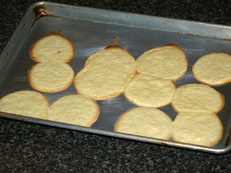Vanilla Cookies Made with Arrowoot