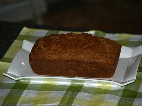 Whole Grain Bread with Apples