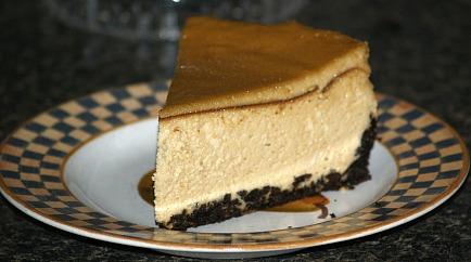chocolate cookie crust amaretto cheesecake