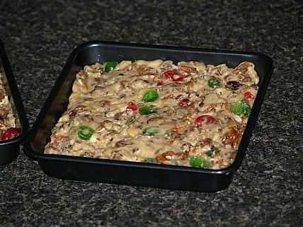 christmas fudge in square pan