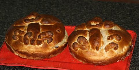 How to Make Christmas Bread Recipe