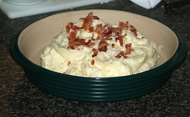 Turnips with Mashed Potatoes and Garnished with Bacon