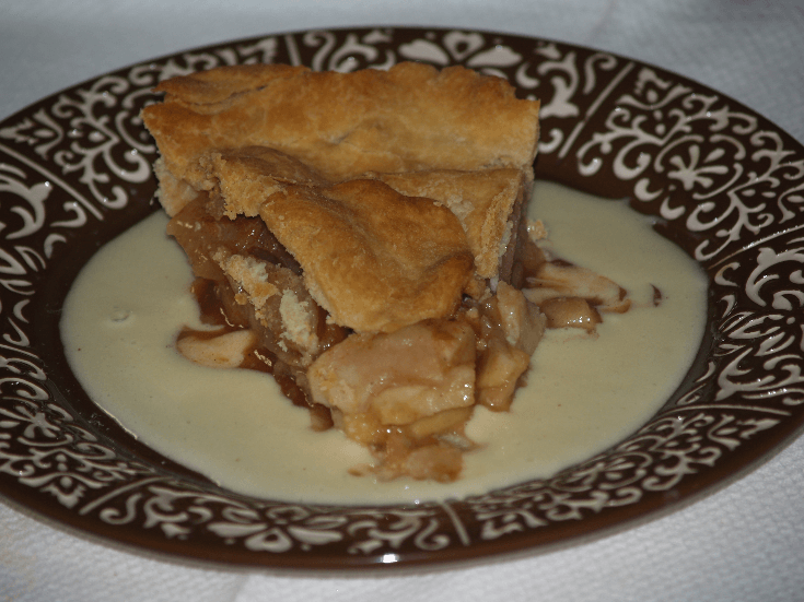 Old Fashioned Double Crust Apple Pie