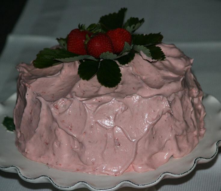 Moist White Strawberry Cake