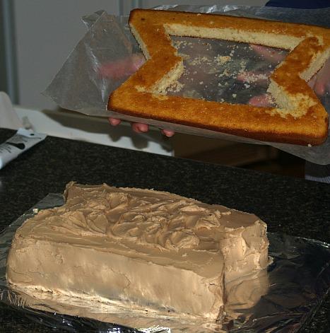 V Shape Cuts on Cake