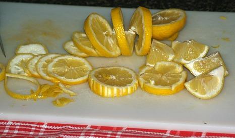 How to Make Lemon Garnishes