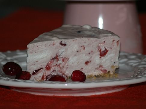 Marshmallow Cheesecake Recipe with Cranberry Sauce