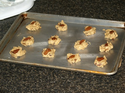 mincemeat pecan cookies ready for the oven